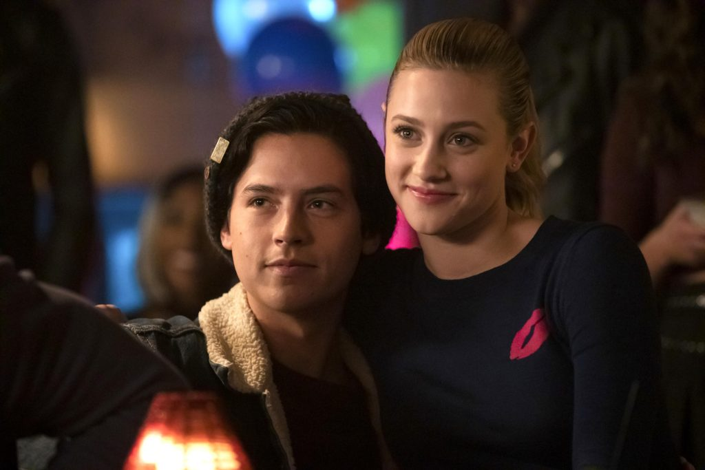 Jughead and Betty cuddling close